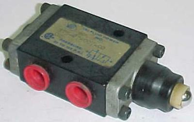 ISI Fluid Power Cam Operated Valve 375-27-007-02