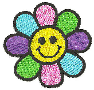 Ecusson badge patche Smiley Fleur Hippy thermocollant patch brodé