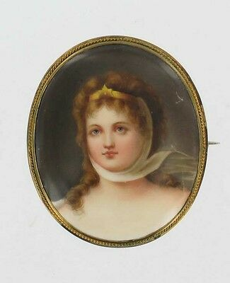 ANTIQUE VICTORIAN PORCELAIN PLAQUE PIN QUEEN LOUISE KPM BROOCH GERMANY