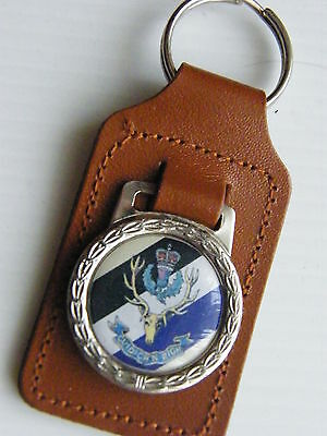 The Queens Own Highlanders Army Badge Military Leather Keyring Keyfob Gift