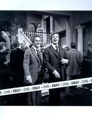 ROGER MOORE & TONY CURTIS NICE EARLY B&W 8x10 PHOTO
