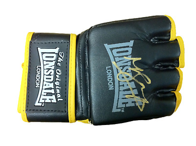Signed Michael Bisping The Count Mma Glove See Proof Ufc Cage Rage