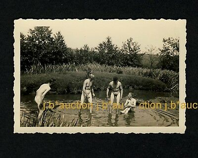 Nackte Soldaten * NUDE WW II SOLDIERS WASHING at POOL * 30s Photo GAY INT
