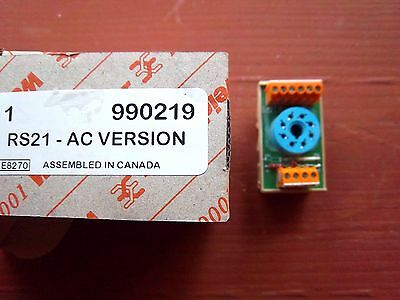 Weidmuller 990219 RS21 AC Version Relay Socket Base 8-Pin Octal NEW