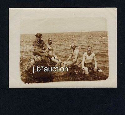 NUDE WW I SOLDIERS AT THE SEA / Nackte Soldaten am Meer * Vintage Photo GAY INT