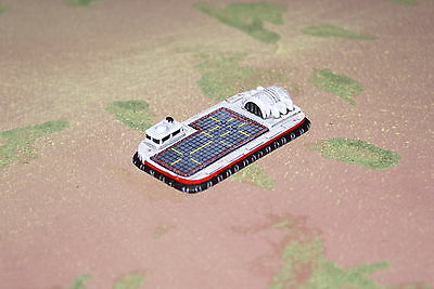 MT30 Dirtside Large hover transporter, 6mm 1/300 scale resin vehicle