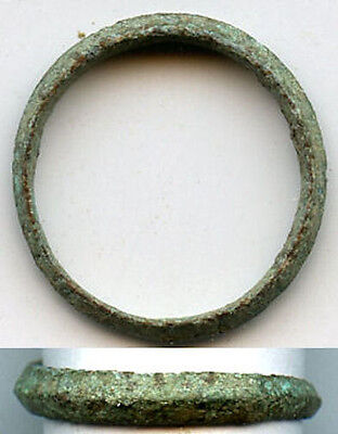Ancient Celtic finger ring (size ~4 3/4), 800-500 BC, Danube Area