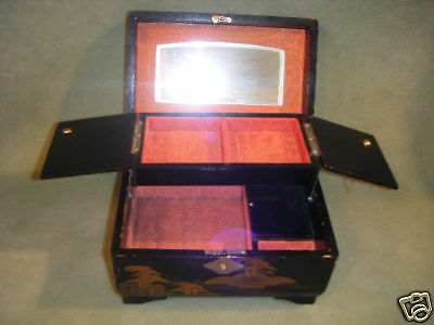 "Vintage ""mm"" Japan Black Lacquer Wood Jewelry Music Box"