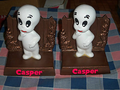 2 Casper the Friendly Ghost 1975 Harvey Famous Cartoons Ceramic Bookends Napkin