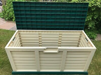 Large Horse Tack, Stable Yard, Storage Box With Green Sit On Lid, Lockable