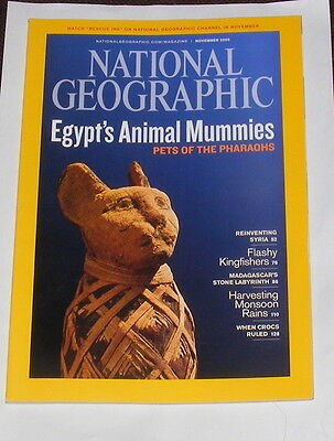 National Geographic Magazine November 2009 - Egypt's Animal Mummies