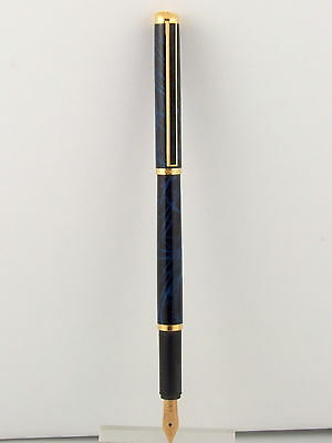 Alfred Dunhill Fountain Pen-Nib 14 Kt Gold