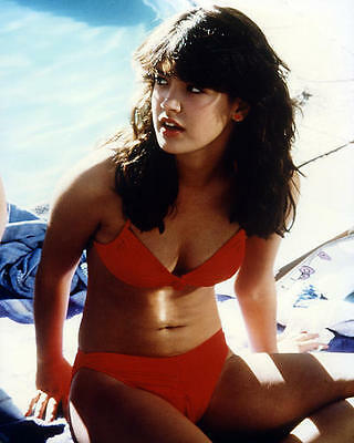 Phoebe Cates in sexy red bikini Fast Times at Ridgemont High 24X30 Poster