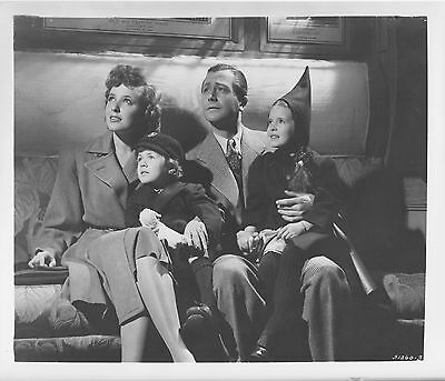 JOURNEY FOR MARGARET photo LARAINE DAY/MARGARET O'BRIEN original publicity still