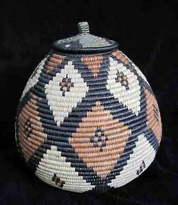 Wonderful Rounded Diamond Pattern Traditional Handmade African Zulu Beer Basket