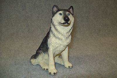 "Alaskan Malamute ""Healthy Planet Collectibles"" brand cast resin figurine."