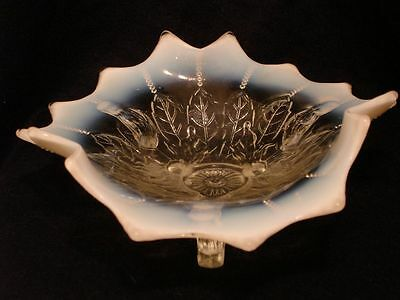 Northwood White Opalescent Leaf & Beads Twig footed Novelty Bowl Card Receiver