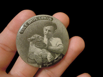 """1 3/4"""" Cole Brothers Circus Celluloid Pinback ~ Clyde Beatty With Lion"""