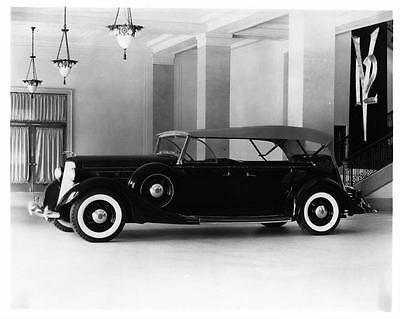 1935 Lincoln 7 Passenger Touring Factory Photo ad1471-P1EYPF