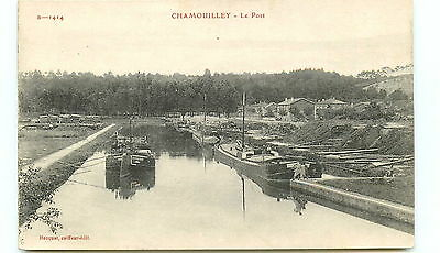 52* CHAMOUILLEY le port