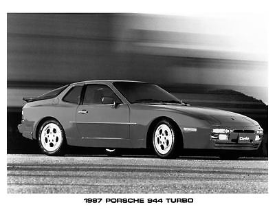 1987 Porsche 944 Turbo Automobile Photo Poster zad7036-Q3YL3U