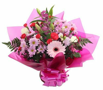 Stunning FRESH FLOWER  BOUQUET DELIVERED MANY COLOURS