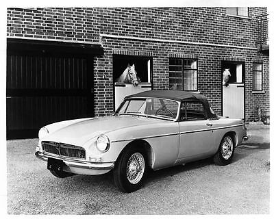 1965 MG Sports Car Factory Photo ad7107-MWE6I7