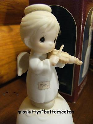 Precious Moments~BELL~DATED 1989~522821~Girl Angel with Violin~Oh Holy Night~ba