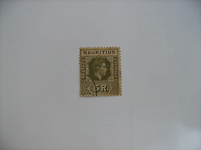 Mauritius Used Single....cat# 221...very Fine Condition........#1031