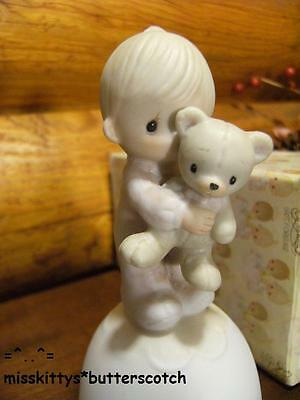 Precious Moments ~BELL~Jesus Loves Me~No Mark~E5208~Boy Holding Teddy Bear~NM