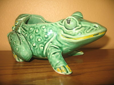 "Vintage McCoy 8.5"" Green Frog Planter W/ Berries & Leaves."