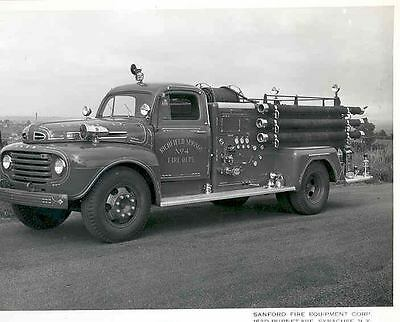 1950 Ford Fire Truck Photo Poster Richfield Springs zaa4428-5SW8LM