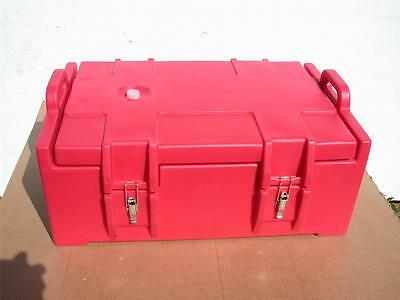 "CAMBRO CATERING CASE SINGLE CAVITY 19"" x 12"" x 26"" / Inside 15"" x 6"" x 22.5"""
