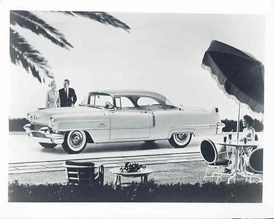 1956 Cadillac Coupe DeVille Factory Photograph aa5944-S3ZFHQ