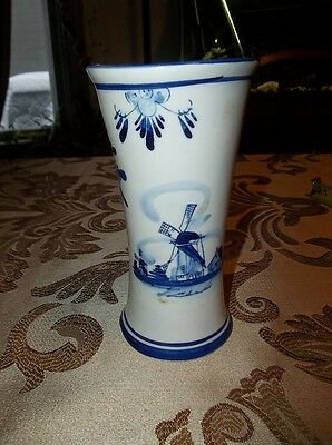 "Delft Porcelain: Classic Blue / White 6"" x 3.25"" BEAUTIFUL VASE  130403004"