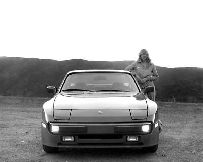 1983 Porsche 944 Automobile Photo Poster zc6398-A8ECF8