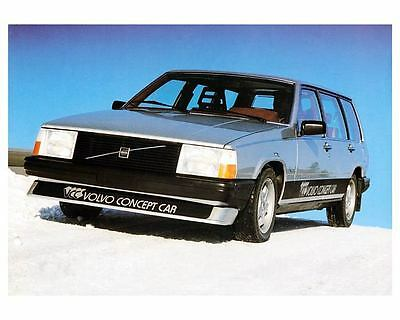 1980 ? Volvo Safety Concept Car Photo Poster zc8074-6U1VJW