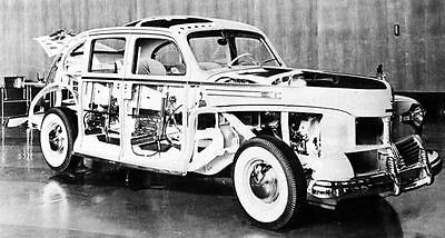 1942 Lincoln Zephyr Cutaway Show Car Factory Photo c1984-M72FZT