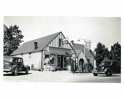 1941 Pure Oil Gas Station Photo Pageland SC Gas Globes Coca Cola ch2589