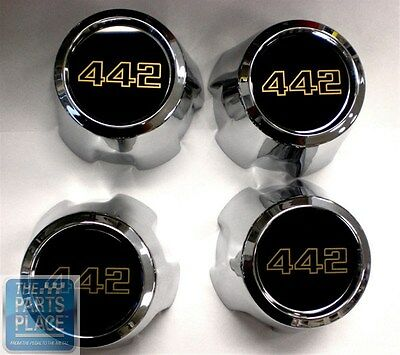 1974-87 Oldsmobile Cutlass / 442 SSIII Snap On Center Caps With Gold - Set of 4