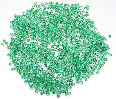 100 Pcs. Machine Cut Taille Ronde 1,7 Mm. Emeraude Nanocristal Laboratoire
