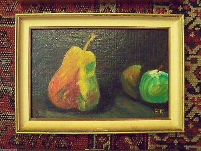 COOL MID 20th CENTURY CLASSIC PEAR APPLES STILL LIFE SCENE OIL ON BOARD PAINTING