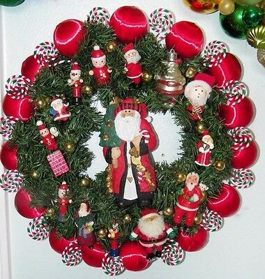 Vintage Santa Ornament Wreath 8771 Claus Christmas St. Nick