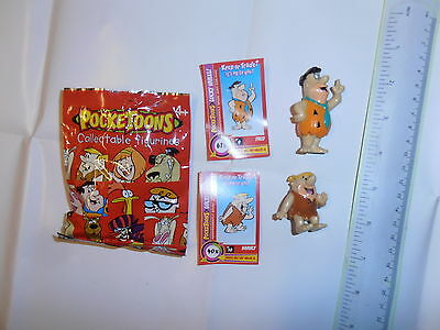 POCKETOONS.FLINTSTONES.FRED BARNEY.2 COLLECTABLE MINI CARTOON FIGURES WITH CARDS
