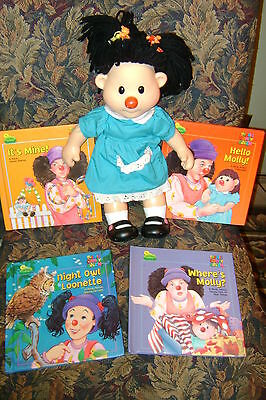 Big Comfy couch Plastic Molly Doll Thought Bubble 1996 with 4 Story Books
