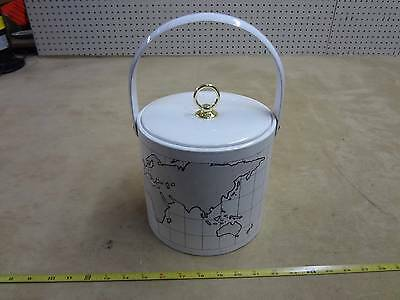 Around the workd with Nosag vintage antique ice bucket white plastic metal old