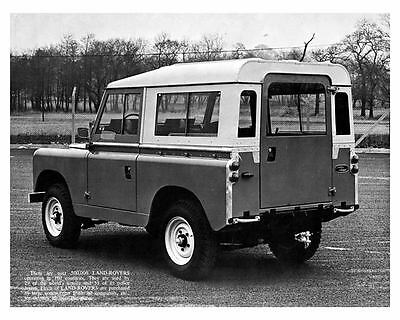 1968 Land Rover 88 Photo Poster zc8712