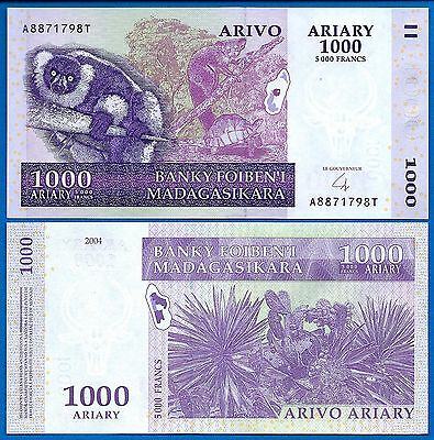 Madagascar P-89 1000 Ariary 2004 Uncirculated Banknote Africa