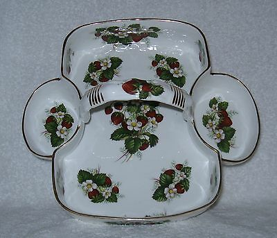 Hammersley Strawberry Ripe Basket Carrier with Handle