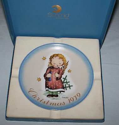 Berta Hummel Schmid Starlight Angel Christmas 1979 Signed Collector Plate in Box
